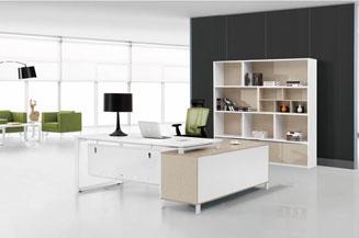 智能手机版伟德bv客户端桌椅发展到了得站着上班!