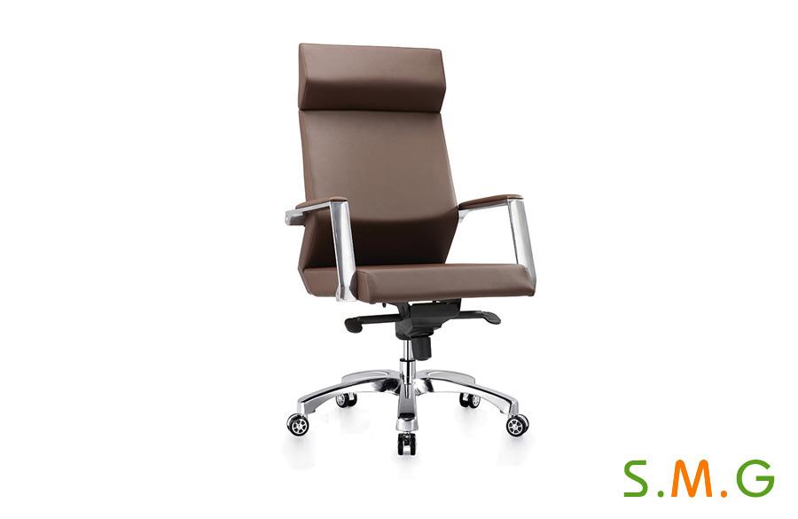 棕色皮椅_班椅